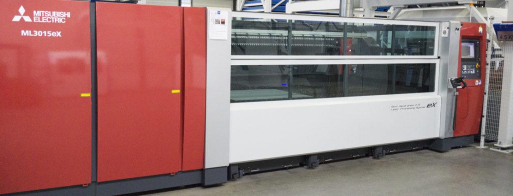 016-Laserparts-lasersnijden-ontbramen-afbramen-Frezen-boren-knippen-zagen-1-1024x392